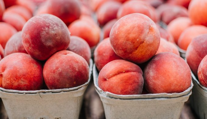 Stop by a Texas Peach Stand: Are These the Tastiest Peaches in Texas?