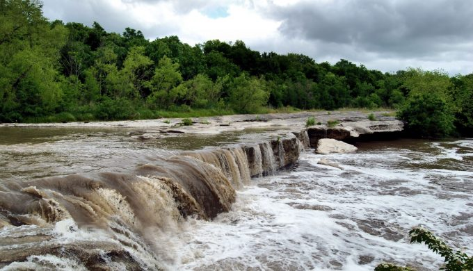 5 Must-See Waterfalls in Texas to Add to Your Bucket List